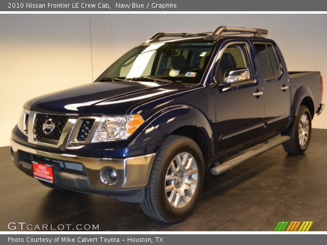 navy blue 2010 nissan frontier le crew cab graphite interior vehicle. Black Bedroom Furniture Sets. Home Design Ideas