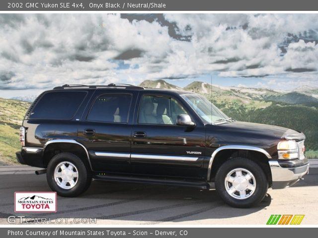 2002 GMC Yukon SLE 4x4 in Onyx Black