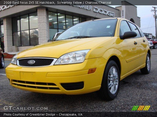 screaming yellow 2006 ford focus zx5 se hatchback. Black Bedroom Furniture Sets. Home Design Ideas
