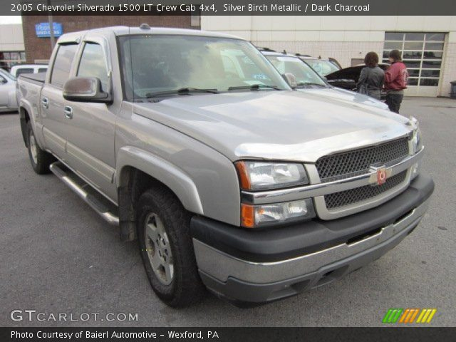 silver birch metallic 2005 chevrolet silverado 1500 lt crew cab 4x4 dark charcoal interior. Black Bedroom Furniture Sets. Home Design Ideas