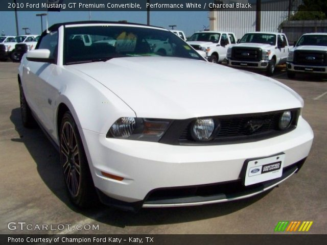 performance white 2010 ford mustang gt premium convertible charcoal black interior. Black Bedroom Furniture Sets. Home Design Ideas