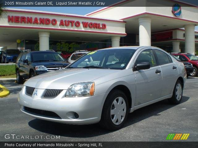 2005 Mitsubishi Galant DE in Liquid Silver Metallic