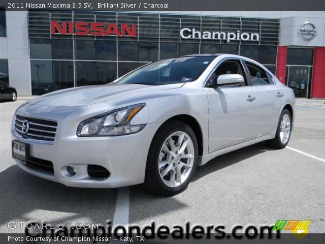 brilliant silver 2011 nissan maxima 3 5 sv charcoal interior vehicle. Black Bedroom Furniture Sets. Home Design Ideas