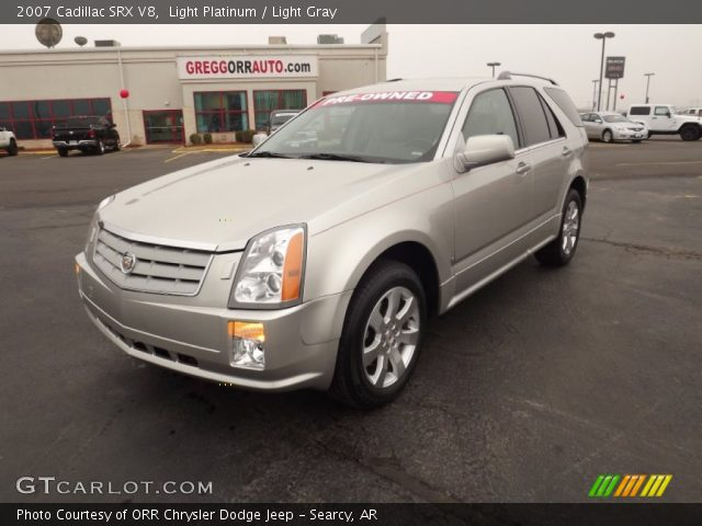 2007 Cadillac SRX V8 in Light Platinum