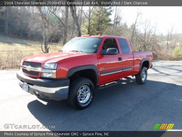 victory red 2004 chevrolet silverado 2500hd ls extended. Black Bedroom Furniture Sets. Home Design Ideas