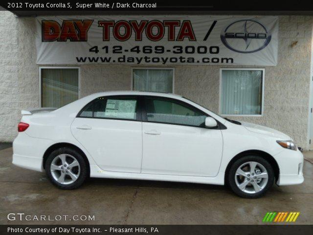 2012 Toyota Corolla S in Super White