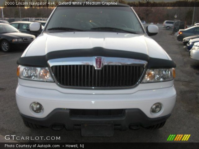 Oxford White 2000 Lincoln Navigator 4x4 Medium Graphite Interior Vehicle