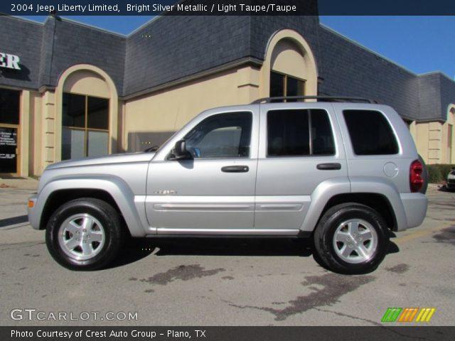 bright silver metallic 2004 jeep liberty limited light