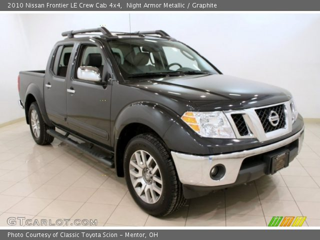 night armor metallic 2010 nissan frontier le crew cab 4x4 graphite interior. Black Bedroom Furniture Sets. Home Design Ideas