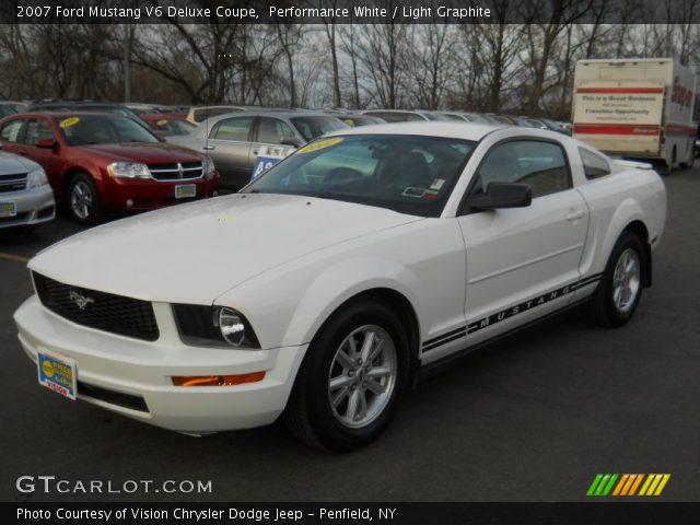 performance white 2007 ford mustang v6 deluxe coupe light graphite interior. Black Bedroom Furniture Sets. Home Design Ideas