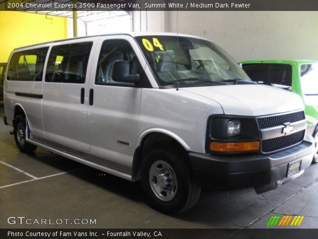 summit white 2004 chevrolet express 3500 passenger van. Black Bedroom Furniture Sets. Home Design Ideas