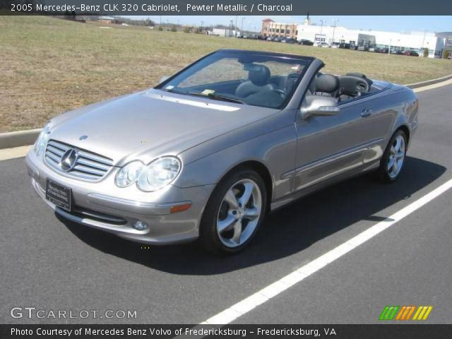 Pewter metallic 2005 mercedes benz clk 320 cabriolet for 2005 mercedes benz clk 320