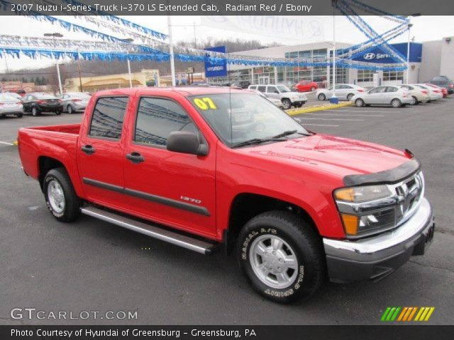 2007 Isuzu i-Series Truck i-370 LS Extended Cab in Radiant Red
