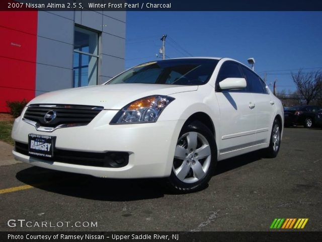 winter frost pearl 2007 nissan altima 2 5 s charcoal interior vehicle. Black Bedroom Furniture Sets. Home Design Ideas
