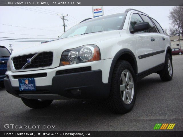 ice white 2004 volvo xc90 t6 awd taupe interior vehicle archive 61113798. Black Bedroom Furniture Sets. Home Design Ideas
