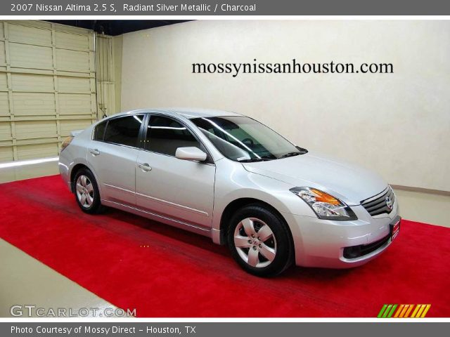 Radiant Silver Metallic 2007 Nissan Altima 2 5 S Charcoal Interior Vehicle