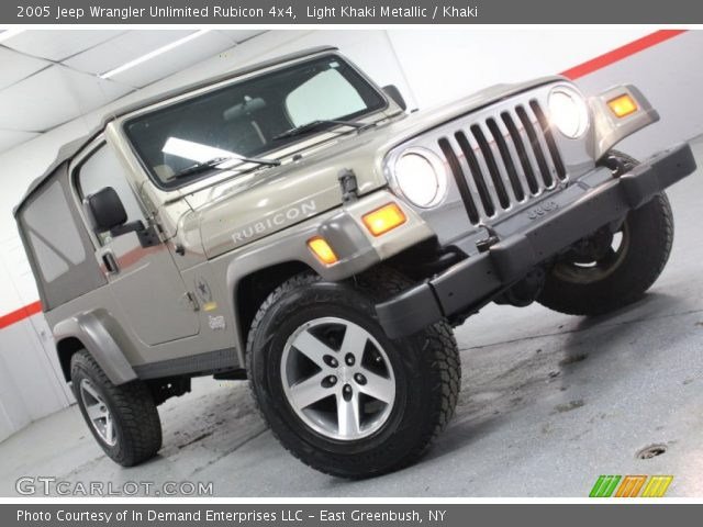 Light khaki metallic 2005 jeep wrangler unlimited - Jeep wrangler unlimited interior lights ...