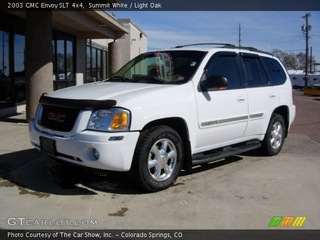 summit white 2003 gmc envoy slt 4x4 light oak interior. Black Bedroom Furniture Sets. Home Design Ideas