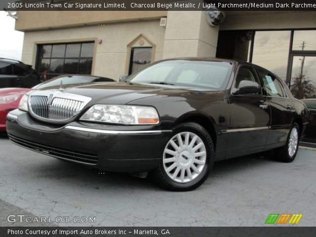 charcoal beige metallic 2005 lincoln town car signature limited light parchment medium dark. Black Bedroom Furniture Sets. Home Design Ideas
