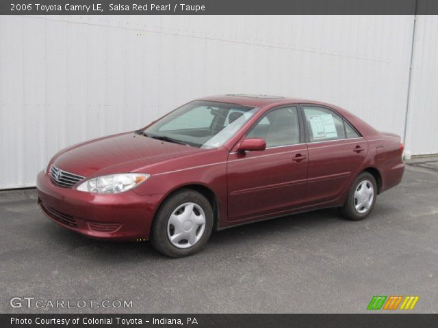 salsa red pearl 2006 toyota camry le taupe interior vehicle archive 61702581. Black Bedroom Furniture Sets. Home Design Ideas