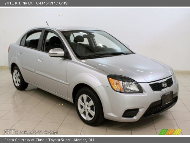 clear silver 2011 kia rio lx gray interior gtcarlot. Black Bedroom Furniture Sets. Home Design Ideas