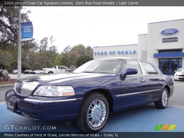 dark blue pearl metallic 2009 lincoln town car signature limited light camel interior. Black Bedroom Furniture Sets. Home Design Ideas