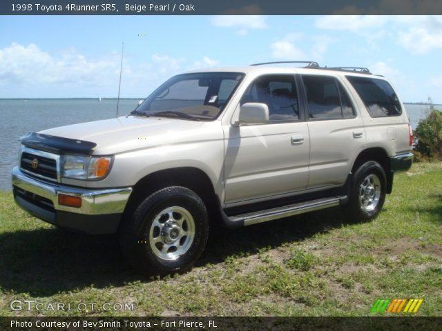 beige pearl 1998 toyota 4runner sr5 oak interior vehicle archive 62311926. Black Bedroom Furniture Sets. Home Design Ideas