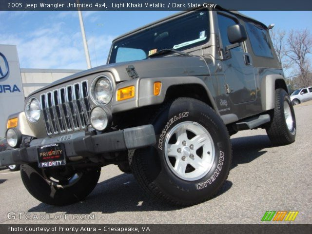 Light khaki metallic 2005 jeep wrangler unlimited 4x4 - Jeep wrangler unlimited interior lights ...