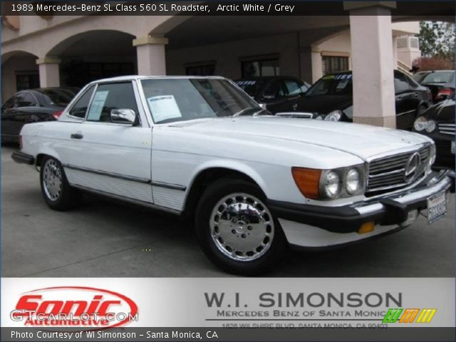 1989 Mercedes-Benz SL Class 560 SL Roadster in Arctic White
