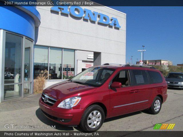 2007 Hyundai Entourage GLS in Cranberry Red
