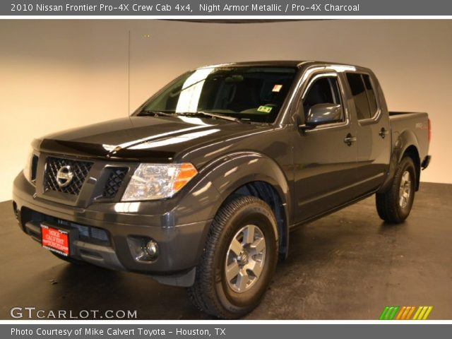 night armor metallic 2010 nissan frontier pro 4x crew cab 4x4 pro 4x charcoal interior. Black Bedroom Furniture Sets. Home Design Ideas