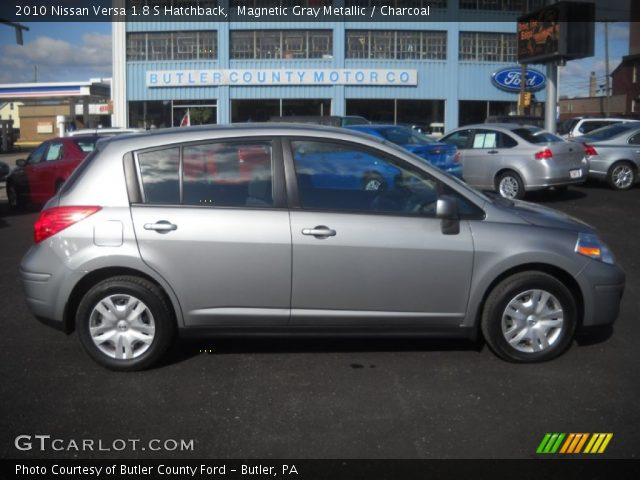 magnetic gray metallic 2010 nissan versa 1 8 s hatchback. Black Bedroom Furniture Sets. Home Design Ideas