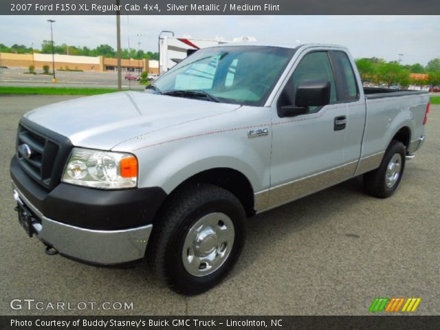 silver metallic 2007 ford f150 xl regular cab 4x4 medium flint interior. Black Bedroom Furniture Sets. Home Design Ideas