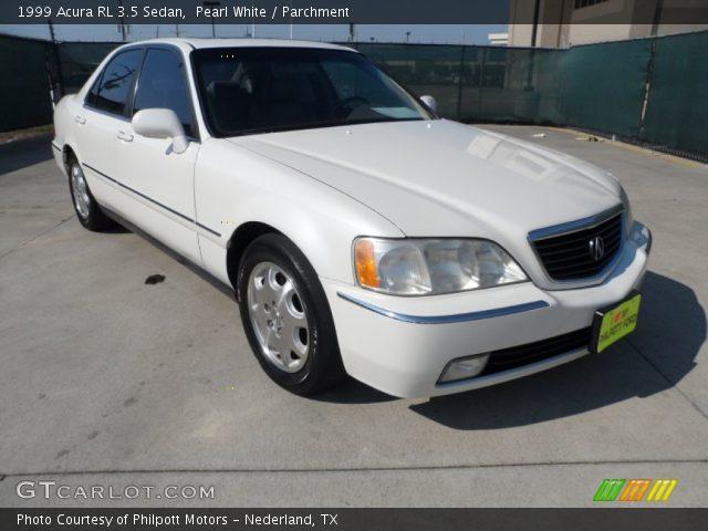 on 2000 Acura Rl White