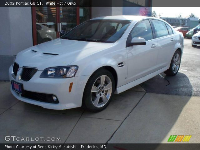 2009 Pontiac G8 GT in White Hot