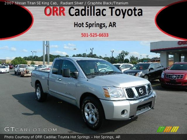 radiant silver 2007 nissan titan se king cab graphite black titanium interior. Black Bedroom Furniture Sets. Home Design Ideas
