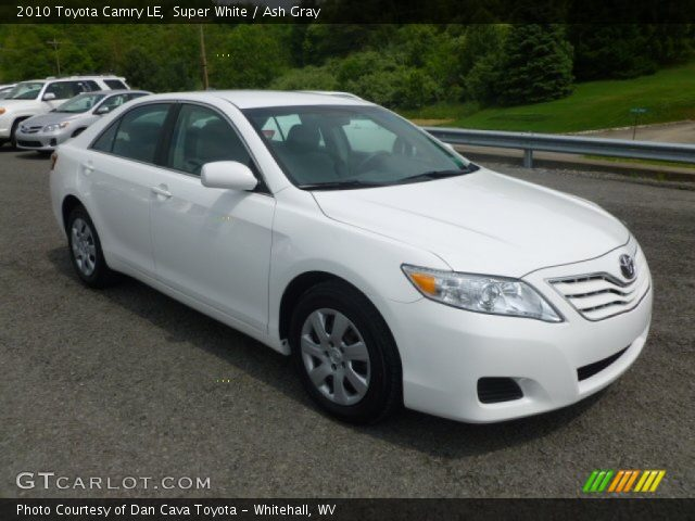 super white 2010 toyota camry le ash gray interior vehicle archive 65229169. Black Bedroom Furniture Sets. Home Design Ideas