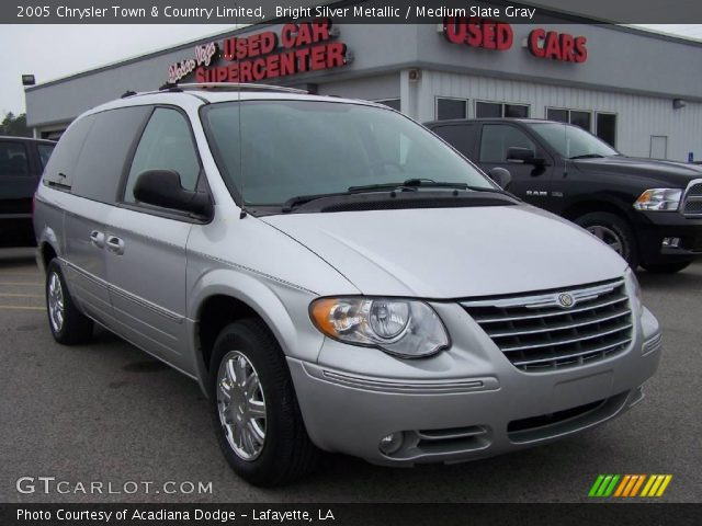 bright silver metallic 2005 chrysler town country limited medium slate gray interior. Black Bedroom Furniture Sets. Home Design Ideas
