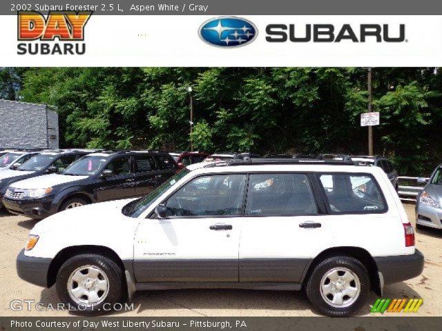 Aspen White 2002 Subaru Forester 2 5 L Gray Interior Vehicle Archive 66680988