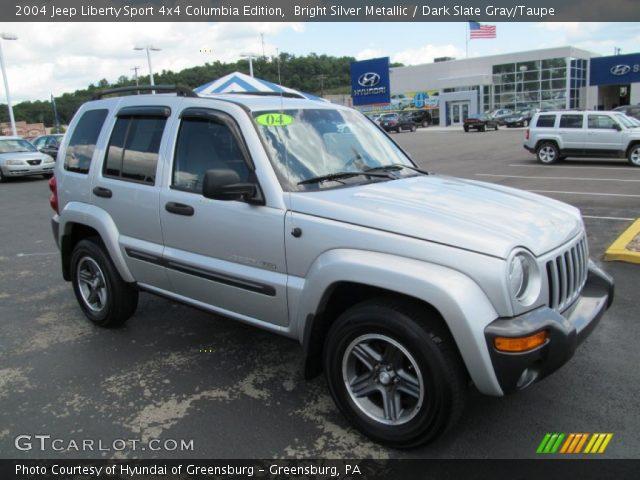 bright silver metallic 2004 jeep liberty sport 4x4 columbia edition dark slate gray taupe. Black Bedroom Furniture Sets. Home Design Ideas