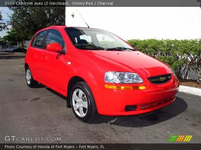 victory red 2006 chevrolet aveo ls hatchback charcoal. Black Bedroom Furniture Sets. Home Design Ideas