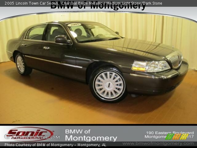 charcoal beige metallic 2005 lincoln town car sedan medium light stone dark stone interior. Black Bedroom Furniture Sets. Home Design Ideas
