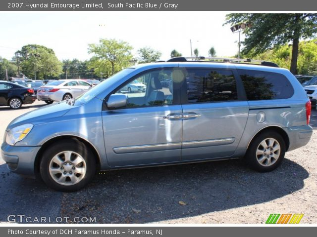2007 Hyundai Entourage Limited in South Pacific Blue