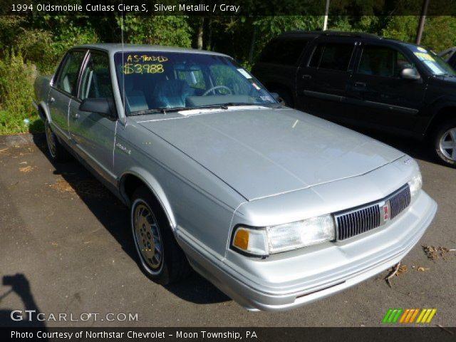 1994 Oldsmobile Cutlass Ciera S in Silver Metallic