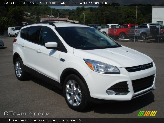 oxford white 2013 ford escape se 1 6l ecoboost 4wd charcoal black interior. Black Bedroom Furniture Sets. Home Design Ideas