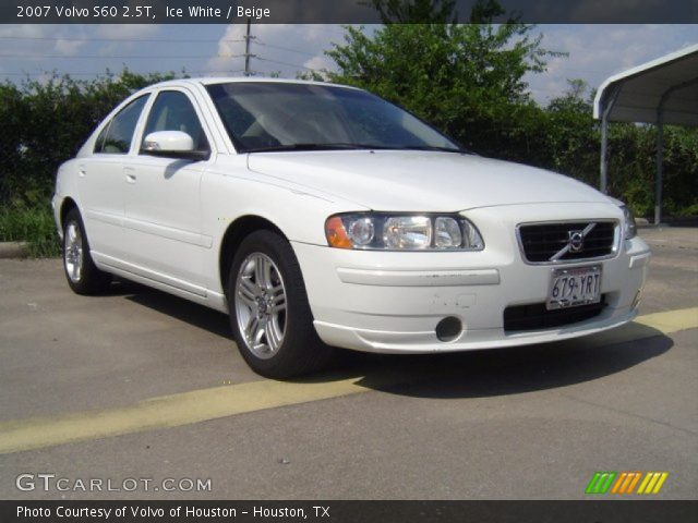 ice white 2007 volvo s60 2 5t beige interior vehicle archive 69905175. Black Bedroom Furniture Sets. Home Design Ideas