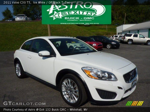 2011 Volvo C30 T5 in Ice White