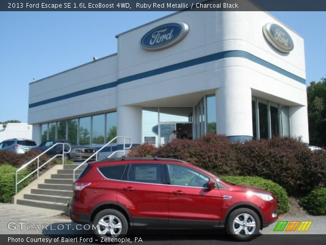 ruby red metallic 2013 ford escape se 1 6l ecoboost 4wd charcoal black interior gtcarlot. Black Bedroom Furniture Sets. Home Design Ideas