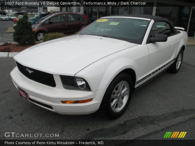 performance white 2007 ford mustang v6 deluxe convertible dark charcoal interior gtcarlot. Black Bedroom Furniture Sets. Home Design Ideas