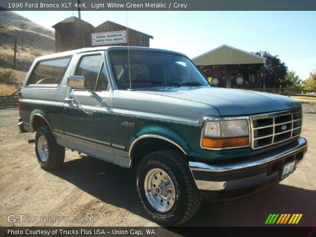 Light Willow Green Metallic 1996 Ford Bronco Xlt 4x4 Grey Interior Vehicle